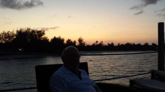 Spice Island Hotel Resort Zanzibar: Sonnenuntergang beim Sundowner