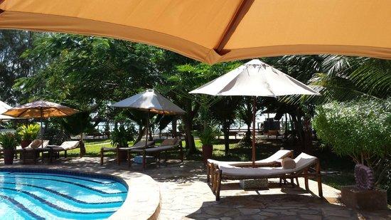 Spice Island Hotel Resort Zanzibar: Sonnenliegen