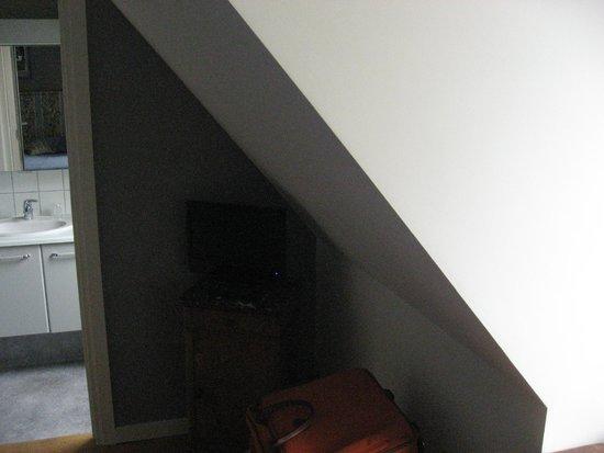 A la Maison du Heron : tele