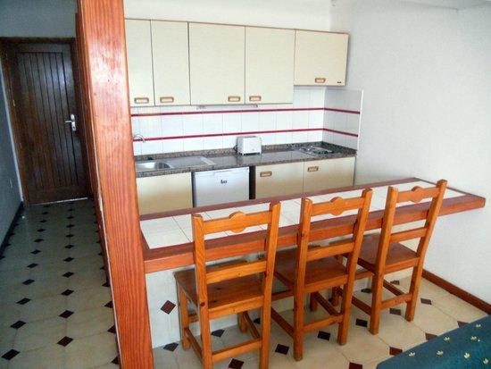 Los Pueblos Apartments: Angolo cottura