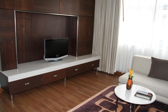 Grand Sukhumvit Hotel Bangkok : Living area