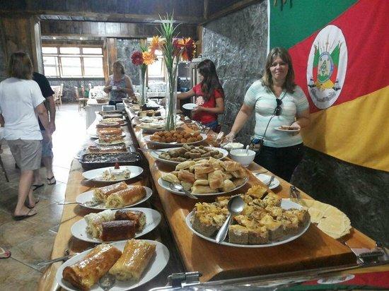 Hotel Fazenda Pampas: Café da manha