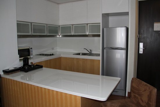 Grand Sukhumvit Hotel Bangkok : Kitchenette
