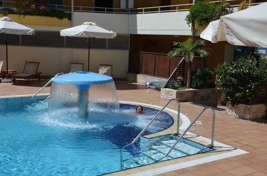 Sitia Bay Hotel: zwembad