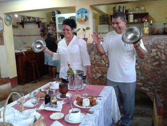 Hostal Casa Mia: Ernesto Y Belkis