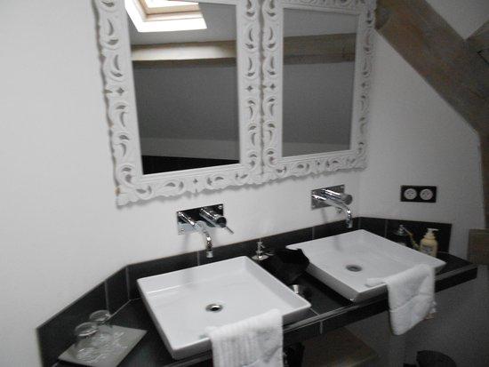 Le Clos des Gallinettes : salle de bain