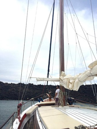 Captain George Santorini Yachting: Sailboat