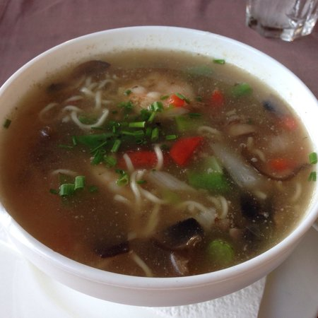 Shanghai Chic : Тайский суп с лапшой
