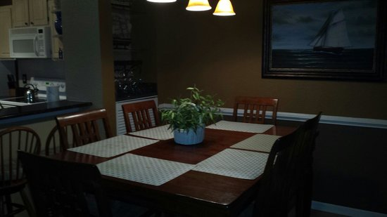 Legacy Dunes: Dining Room 16-301