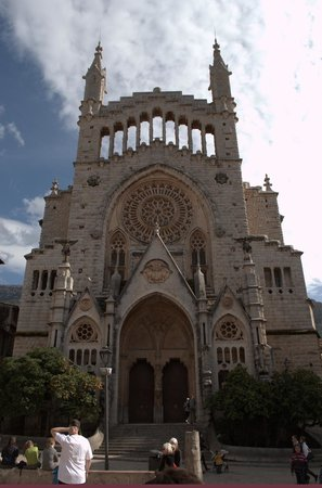 Straßenbahn Sóller: Soller cathedral