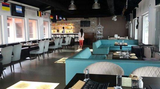 Bay 15: The Restaurant