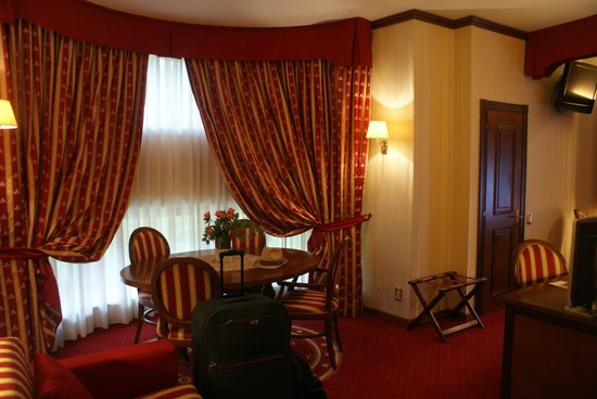Grand Hotel Trento : Part of deluxe room.