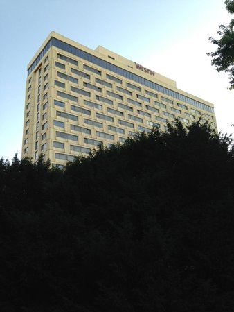 The Westin Zagreb: view of hotel from outside