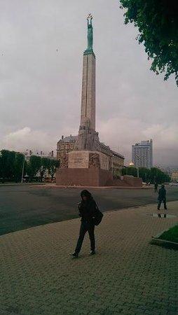 Freedom Monument (Brivibas Piemineklis) : Riga Freedom Monument