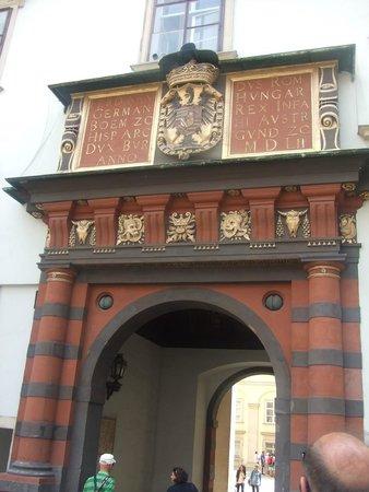 Historisches Zentrum von Wien: Старый Хофбург, Швейцарские ворота