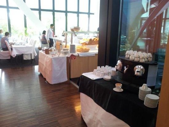 Ramada Plaza Basel City Center : Breakfast buffer