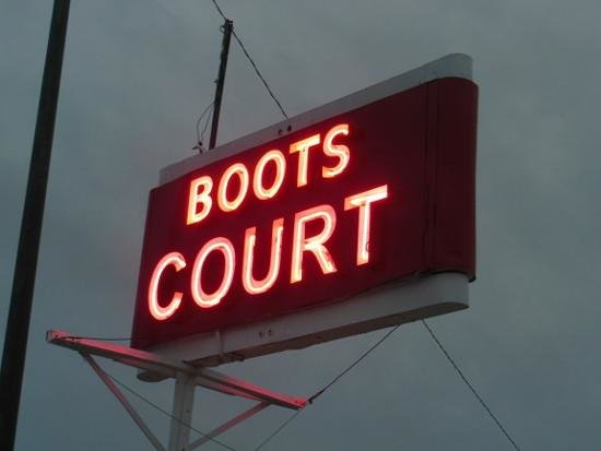 Boots Court Motel: Boot's Court