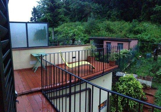 B&B Monte Oliveto: Garden Patio Wistoria