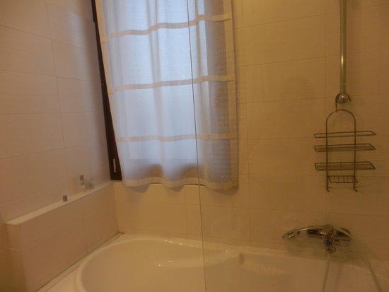 Hotel Ca'dei Barcaroli: bath
