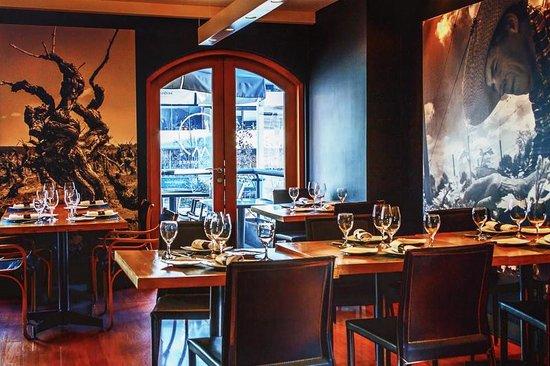 Miguel Torres Wine Restaurant : Interior, Miguel Torres Restaurante de Vinos