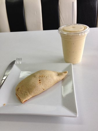 Vegetarian Restaurant by Hakin : Chick pea-black bean-corn-curry empanada And a Golden monkey
