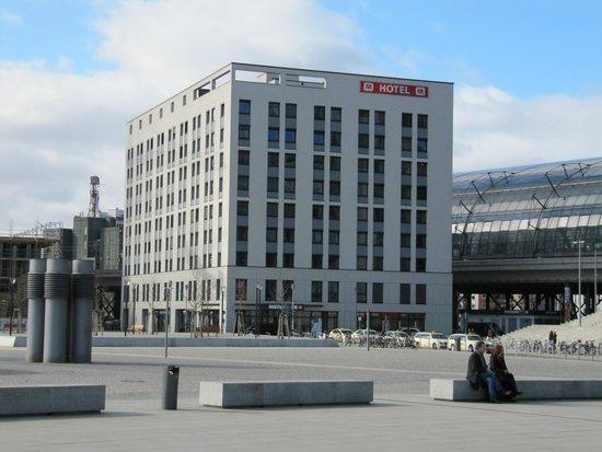 MEININGER Hotel Berlin Hauptbahnhof: hotel