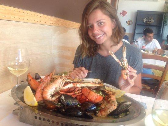 Galicia Mar : Тарелка морепродуктов с омаром!��