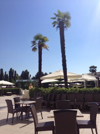 Savoia Hotel Regency : Hot hot hot!