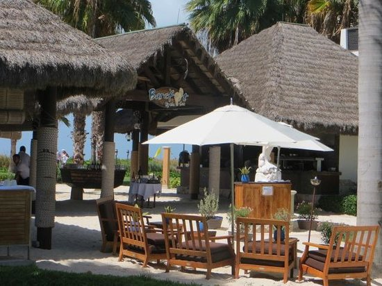 Beaches Turks & Caicos Resort Villages & Spa : Our favorite restaurant, Barefoot by the Sea