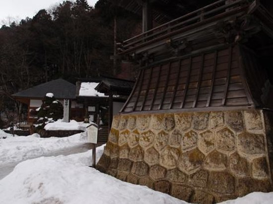 Risshaku-ji Temple: 冬季