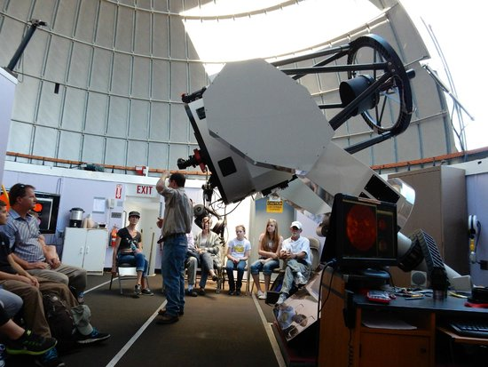 Mt. Lemmon SkyCenter Observatory: Eric describing the objects we were about to view
