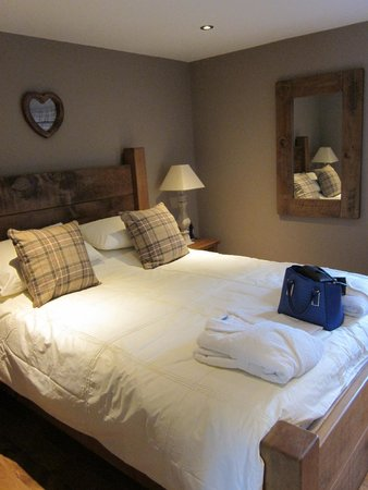 Beaconsfield Farm Self Catering: Garden Suite Bedroom