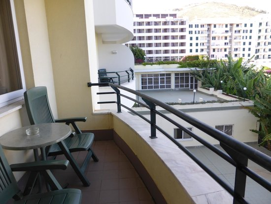 The Jardins d'Ajuda Suite Hotel : balcon