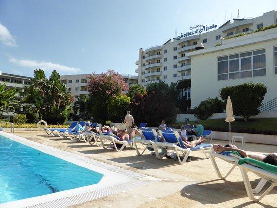 The Jardins d'Ajuda Suite Hotel: piscine