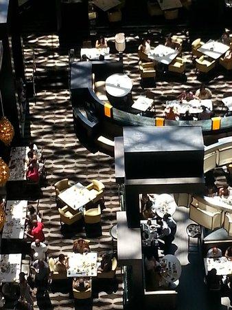 Hyatt Regency New Orleans : view of bar from 10th floor