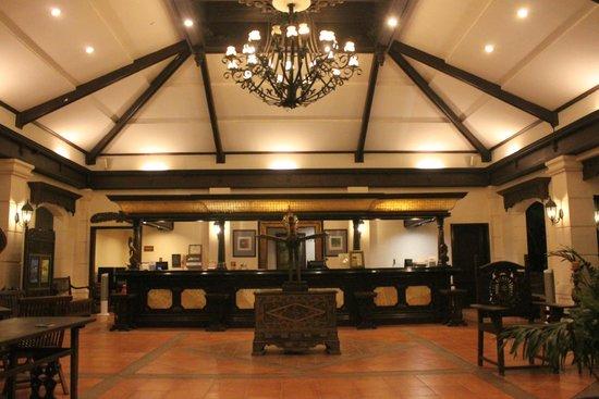 Costabella Tropical Beach Hotel: lobby