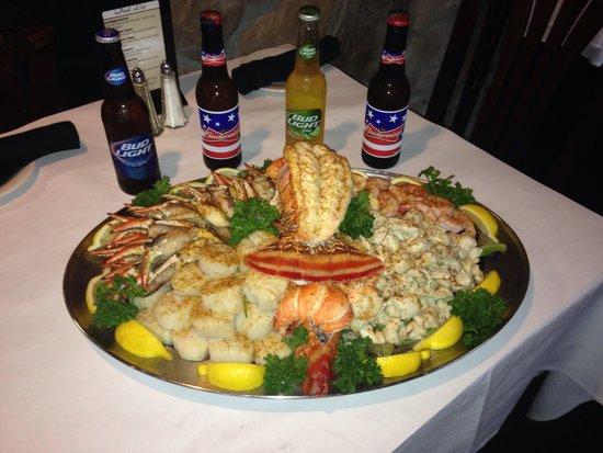 Mio Fratello: Seafood platter