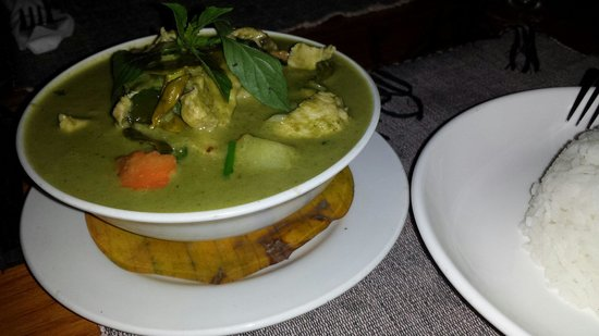 Rosella Fusion Restaurant : Flavourful green curry - dark because power had gone off. Normal for LP!