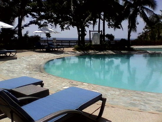 Alegre Beach Resort: The swimming pool