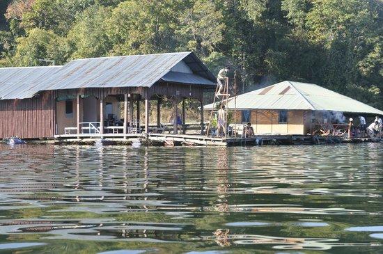 The Mae Ngat Dam & Reservoir: Mae Ngat Lake