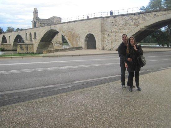 Pont Saint-Benezet (Pont d'Avignon): AVIGNON