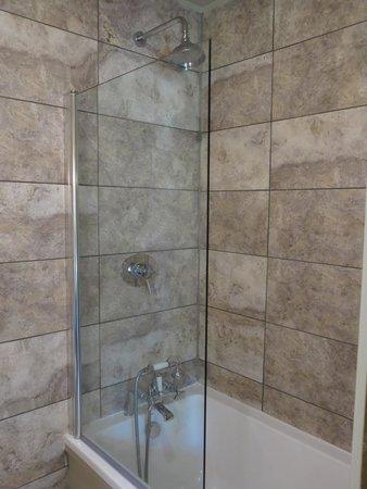 The Spread Eagle Hotel: Bathroom