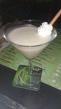 The Secret Garden: Hummer - best cocktail!