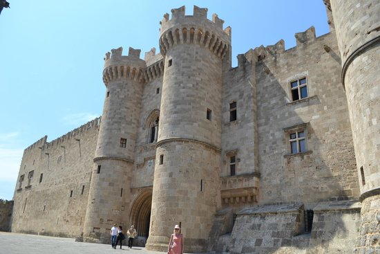 Palace of the Grand Master of the Knights of Rhodes: Башни Замка