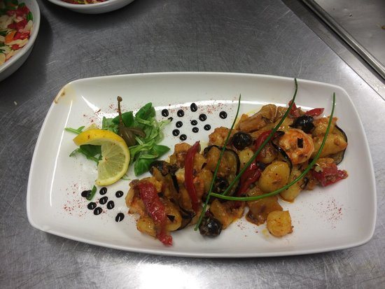 Chefs created this king prawns vegetables and indian for Asiana indian cuisine