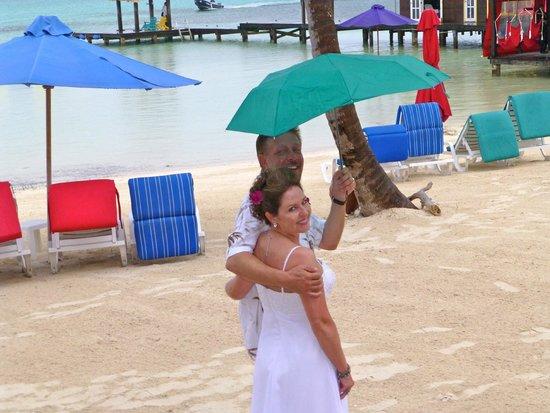 X'tan Ha Resort: Bride and Groom