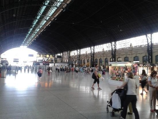 Estación del Norte: andenes