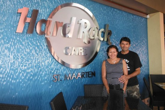 Hard Rock Cafe: en la entrada