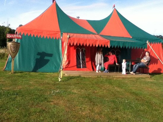 Crealy Meadows Caravan & Camping Park: The Black Knight