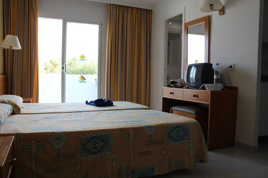 Gavimar Ariel Chico Club Resort: Habitación doble